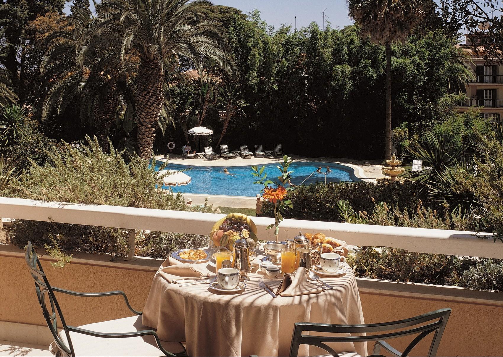 Pool & Garden Room balcony Courtesy of Olissippo Lapa Palace