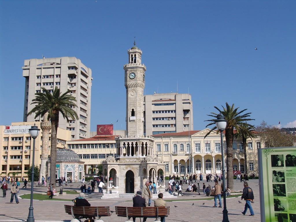 Izmir Clock Tower | © Yılmaz Uğurlu / WikiCommons