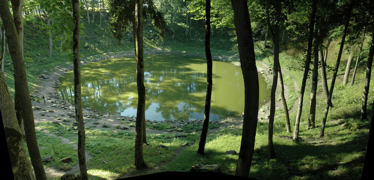 Kaali Crater| © Mannobult/Wikimedia Commons