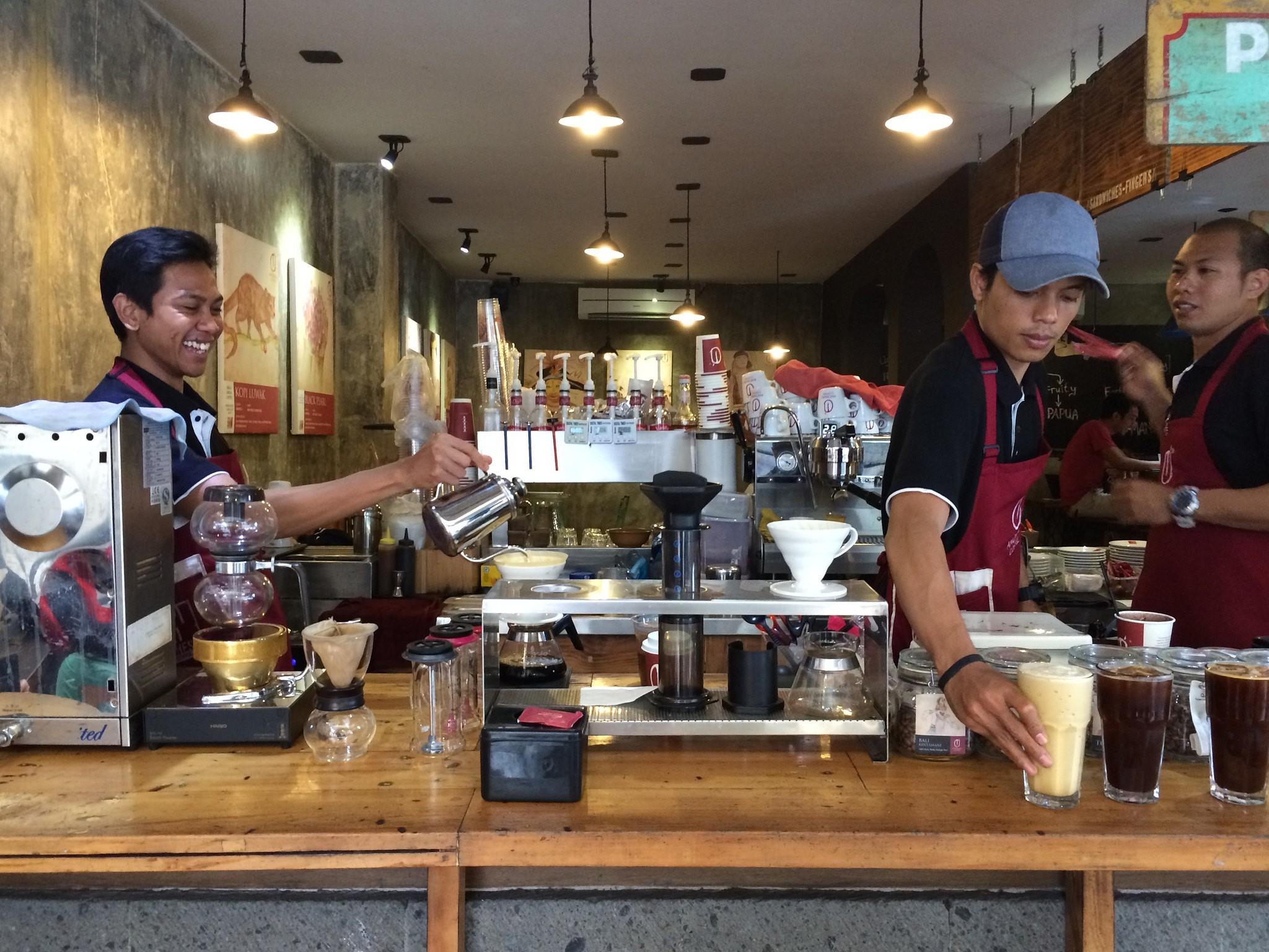 Anomali Coffee Bali | © Kars Alfrink/Flickr