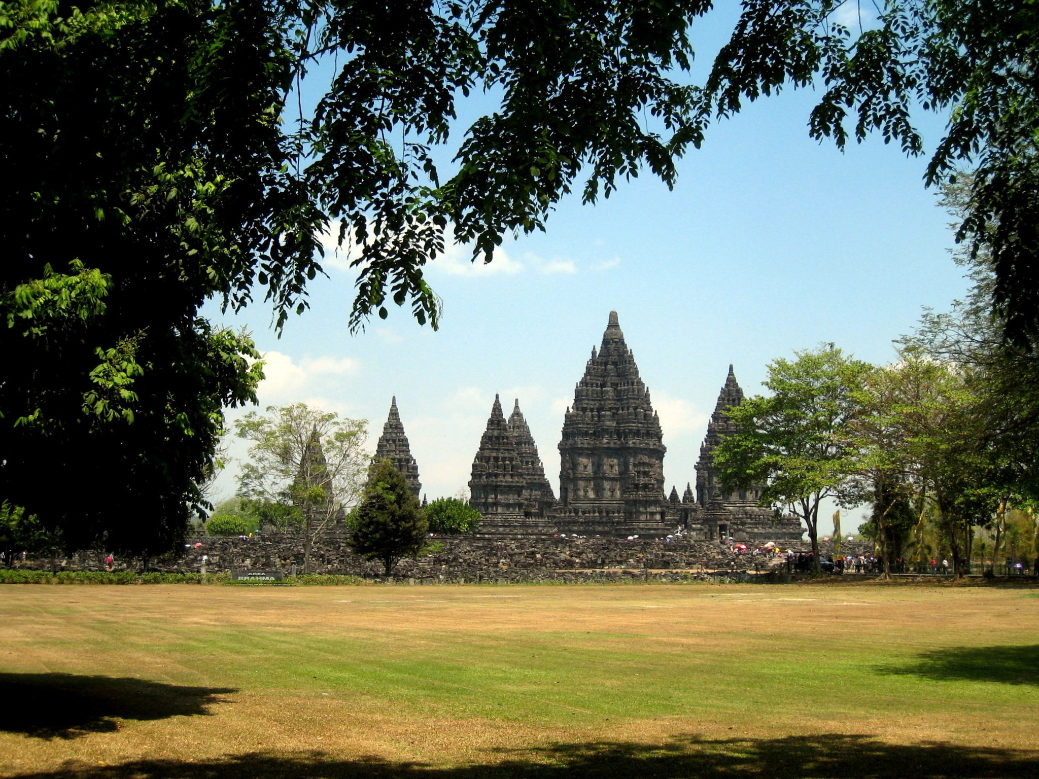 Prambanan Temple, Indonesia | © Travis Wise/Flickr