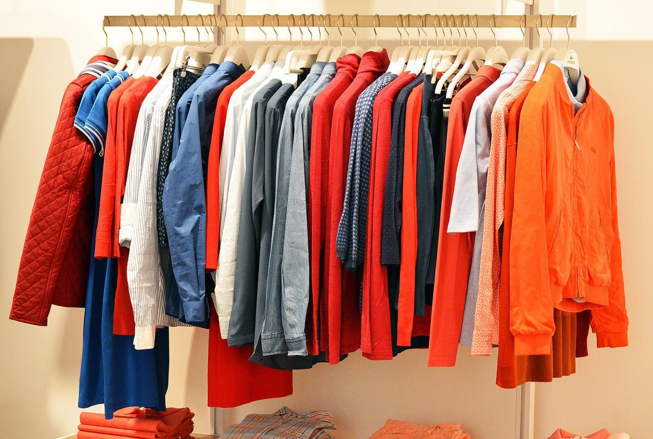 Clothes rail | © quinntheislander/Pixabay
