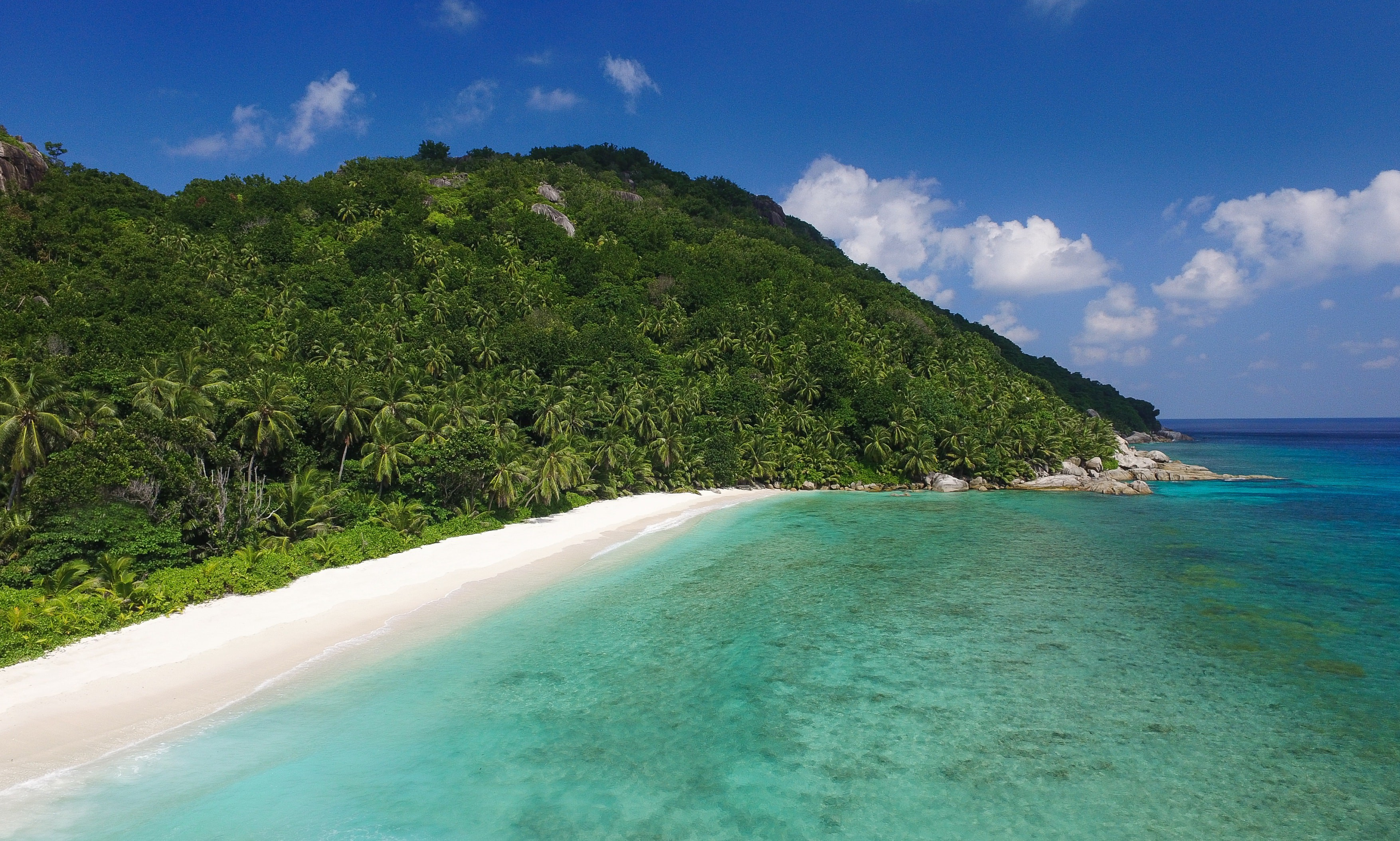 Pristine white sands of Grand Anse Beach | © Zil Pasyon/Courtesy of Six Senses
