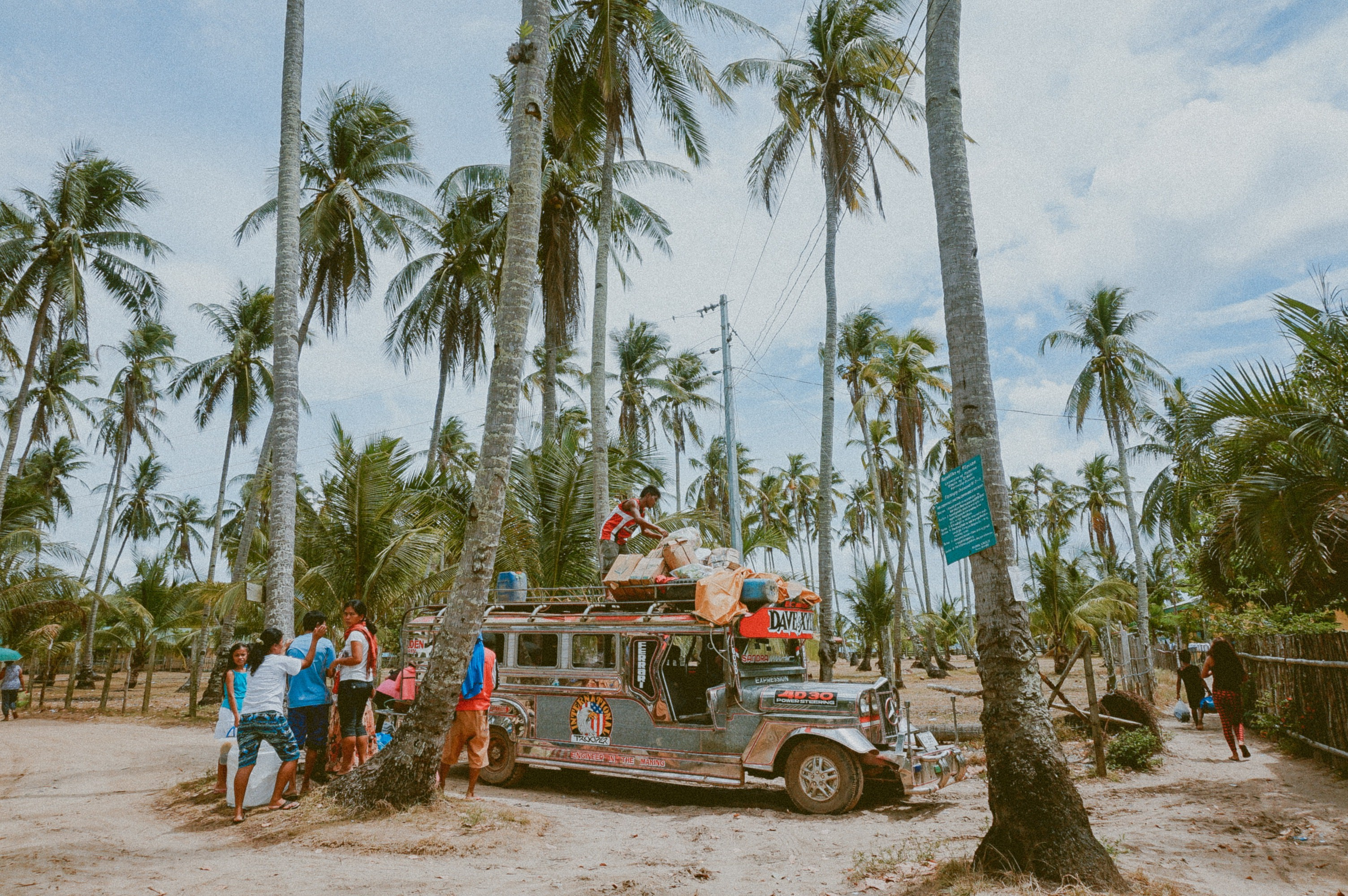"<a href=""https://unsplash.com/photos/MGUC3WkLkWM"" target=""_blank"" rel=""noopener noreferrer"">Jeepney Ride 