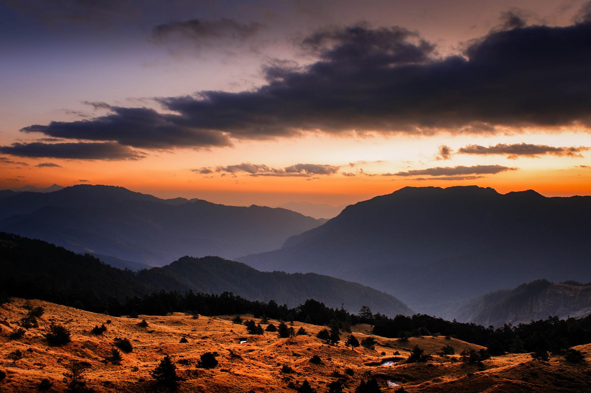 Sunset at Qingjing Farm | © 白士 李 / Flickr