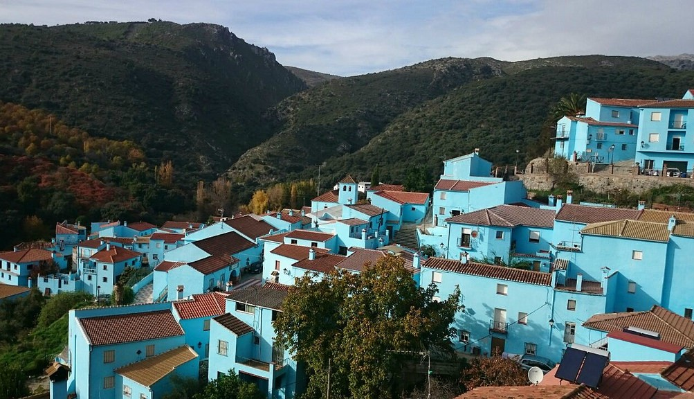 Juzcar, Spain's Smurf village | © Ramón Ojeda/Flickr
