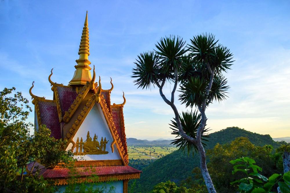 Phnom Sampeu pagoda in Battambang