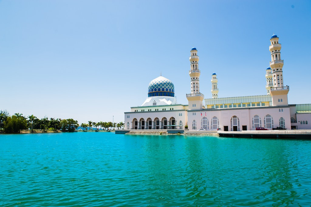 Kota Kinabalu City Mosque © Metamorfa Studio / Flickr