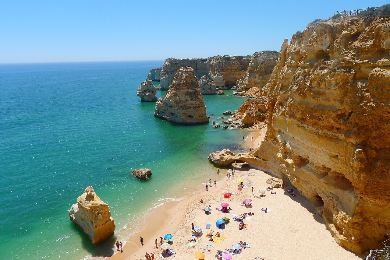 The Algarve Coast © Pixabay