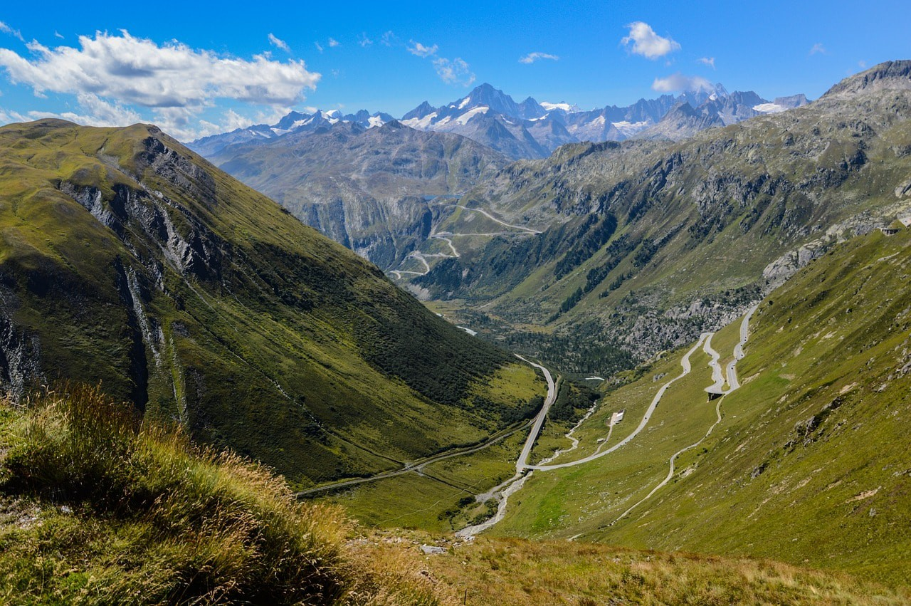 Take a journey through Switzerland by car