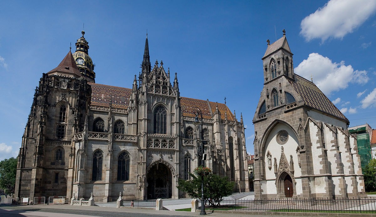 Head to Kosice for backpacker-friendly accommodation and attractions, including the stunning St. Elisabeth's Cathedral   © Maros M r a z/WikiCommons