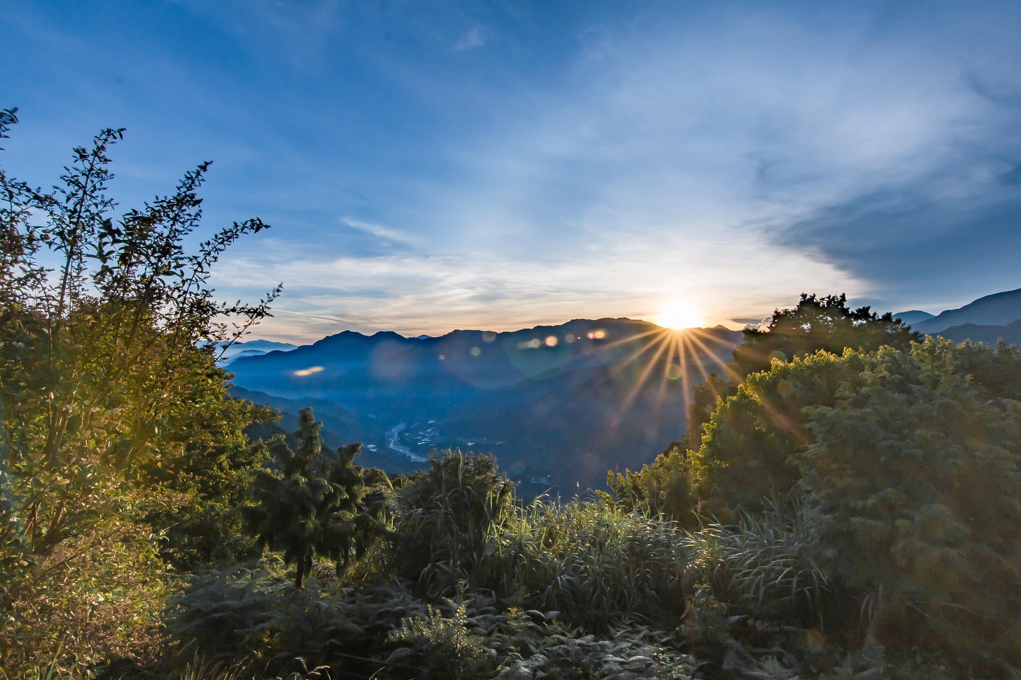 Sunrise over Alishan | © Davin Li / Flickr