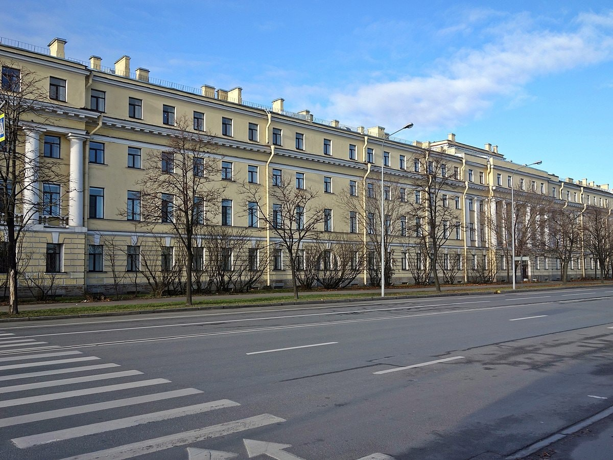 Petrogradskaya Embankment | © Тулип/Wikimedia Commons