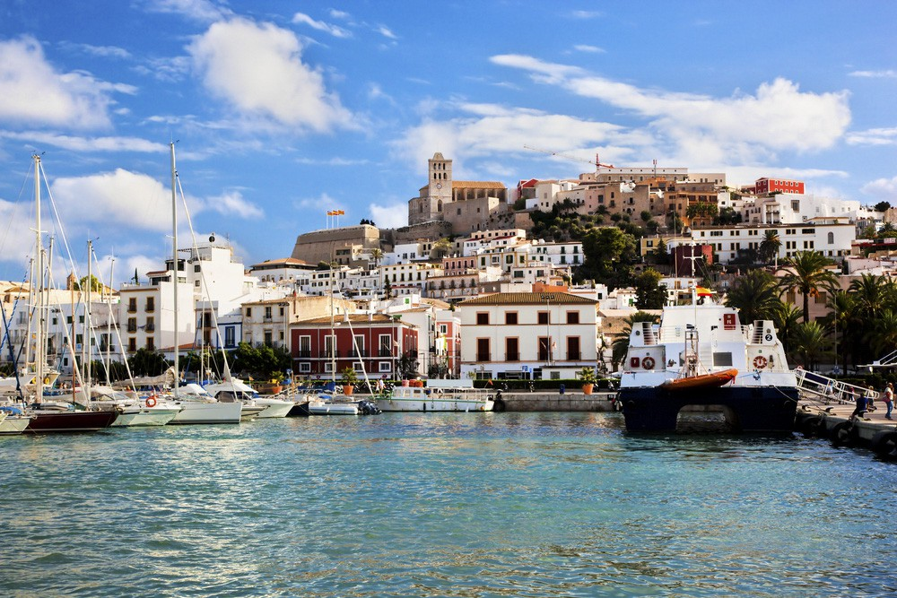 Ibiza - Places to stay
